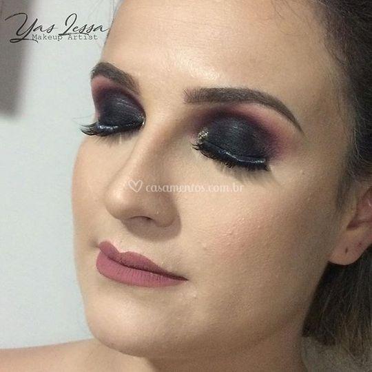Smokey eye pink