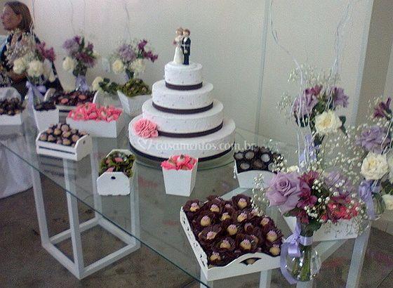 Mesa de bolo elegante