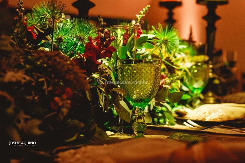 Detalhes mesa dos noivos