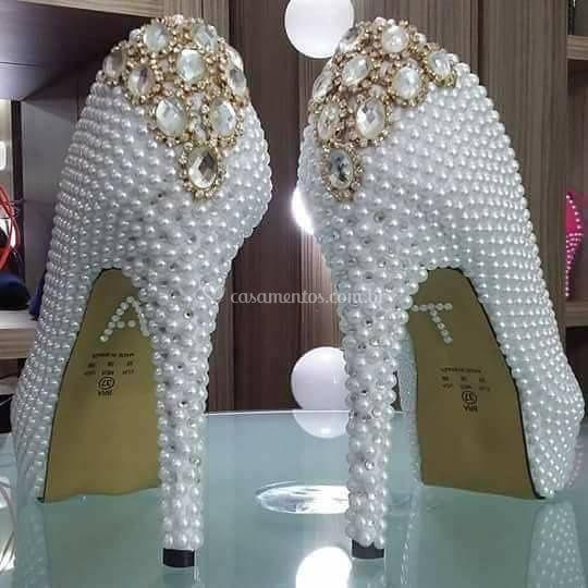 Sapato em perolas e strass