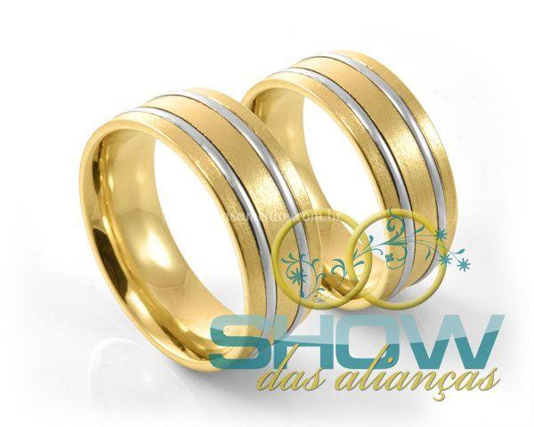 Alianças com ouro branco e amarelo