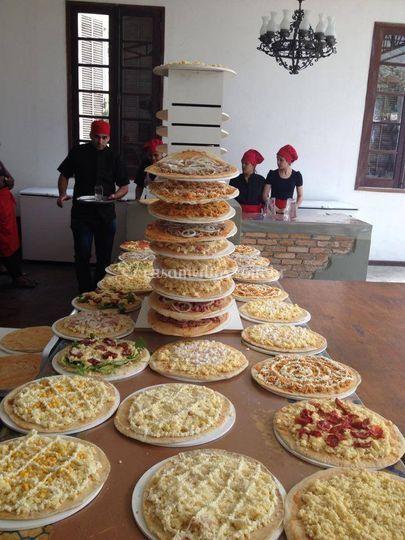 Torre de pizzas pra assar