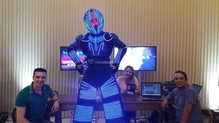 M-TRON - Robô de Led