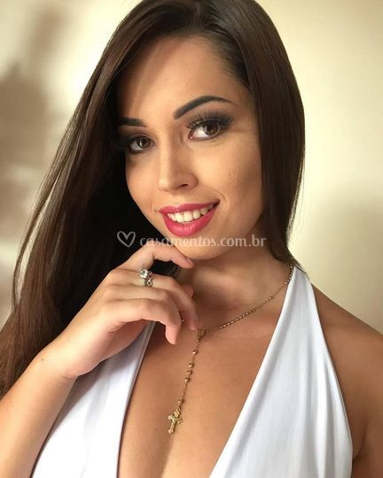 Karol Fornazier Makeup