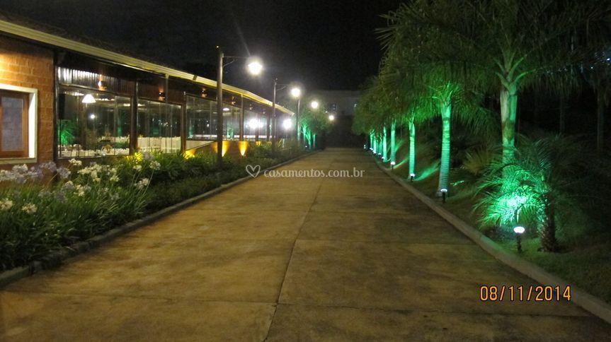 Rua principal noite