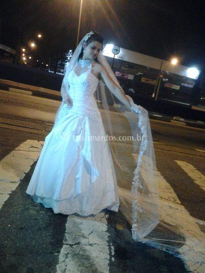 Foto da noiva  na rua