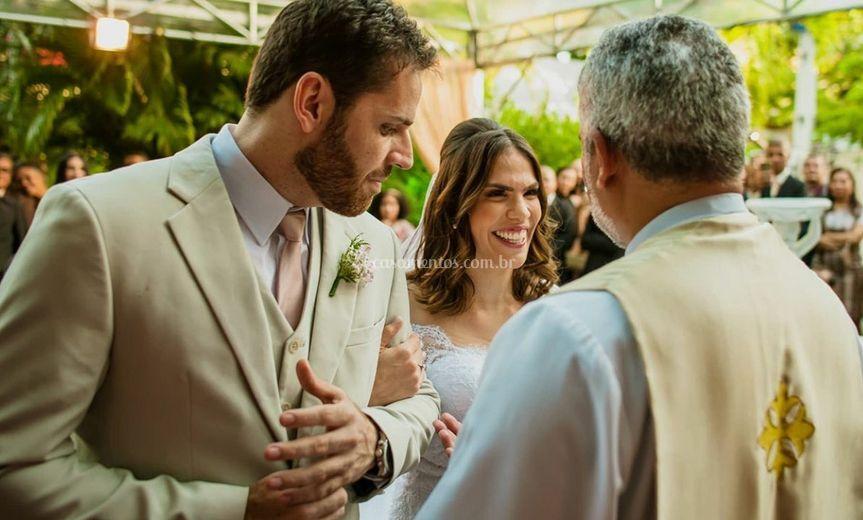 A Alegria no sorriso da noiva