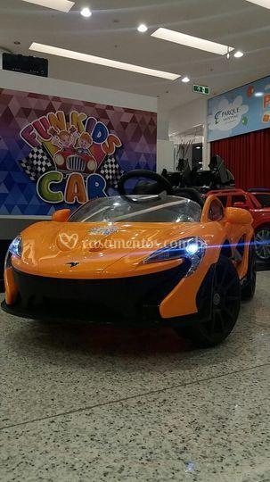 McLaren Amarela