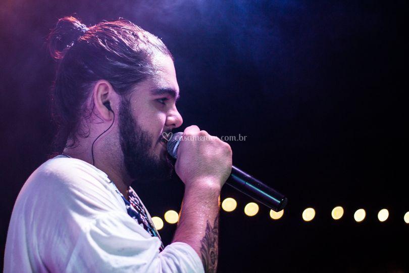 Gabriel Brito - Vocalista