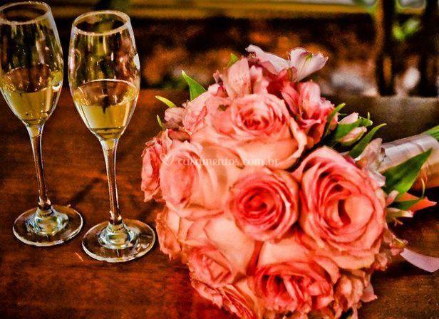 Rosas e copos