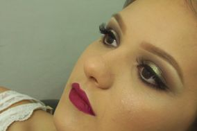 Sabrina Barbosa Maquiadora Profissional