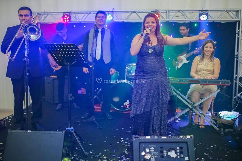 Banda Cantares by Rafaelle Rodrigues