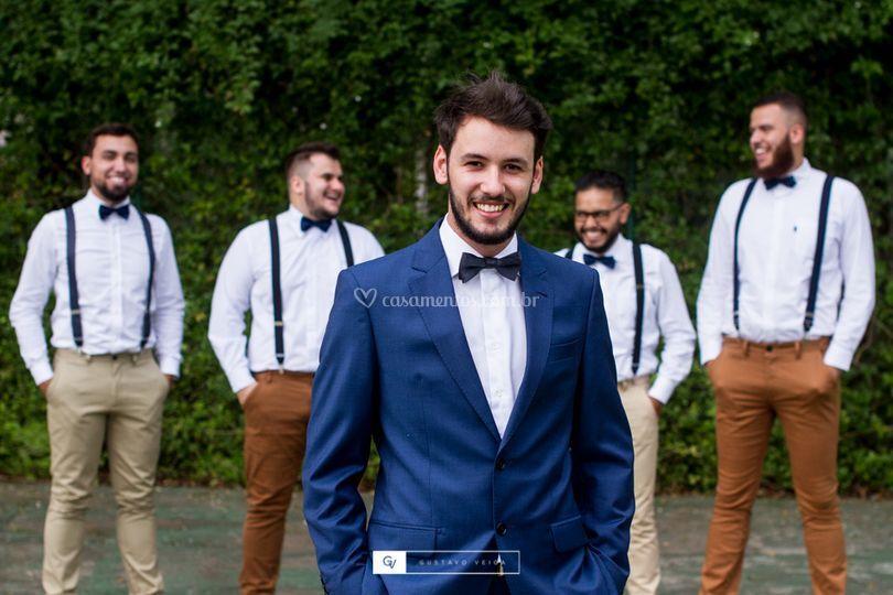 Noivo Beu e os padrinhos