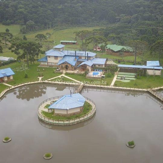 Vista aérea da Villa Faldum