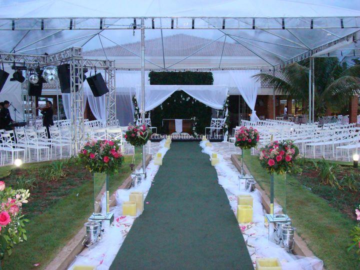 Casamento na frente do salão