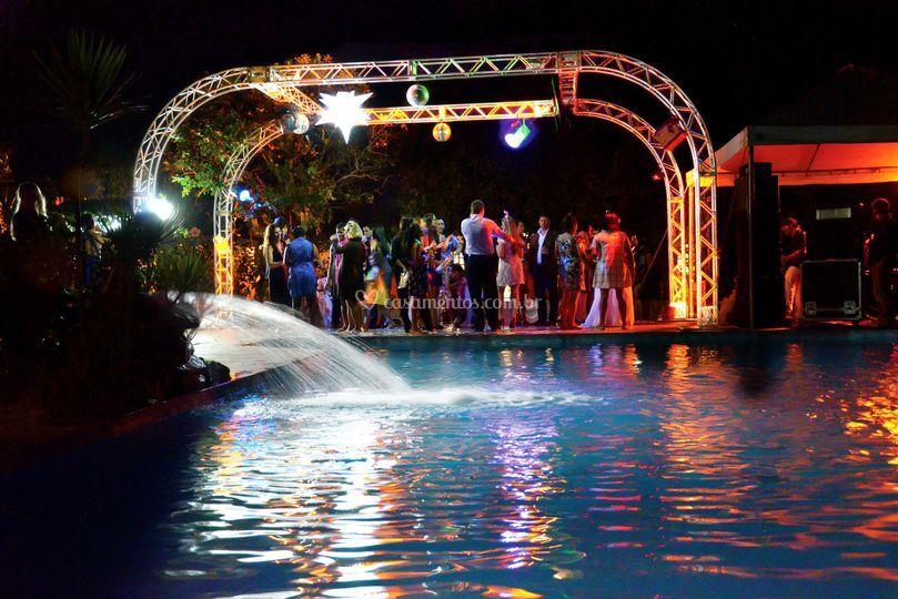 Pista de dança na piscina