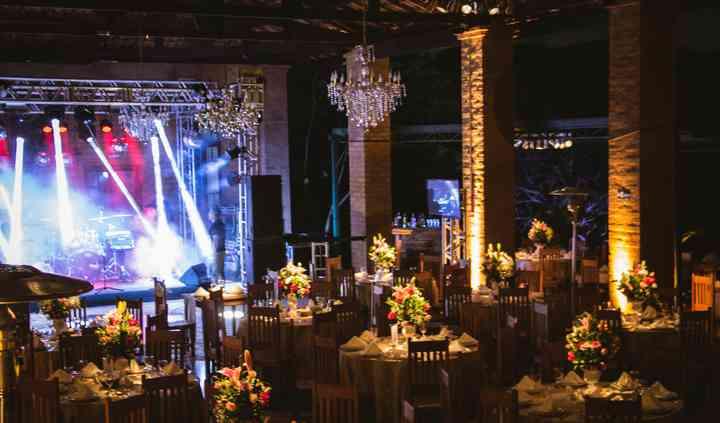 Salão com palco