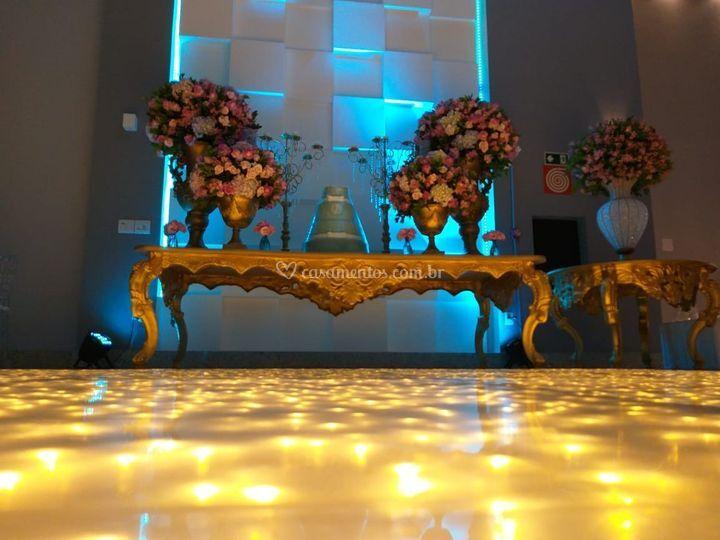 Salão Platinum - mesa de bolo