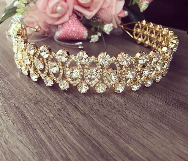 Tiara de Noiva Dourada