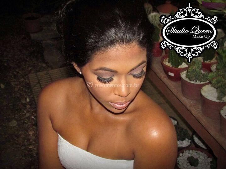 Make up studio queen