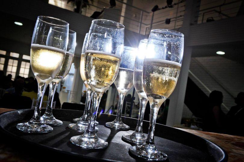 Champagne p Brinde