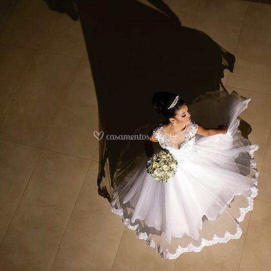 Sempre no mesmo ritmo da noiva