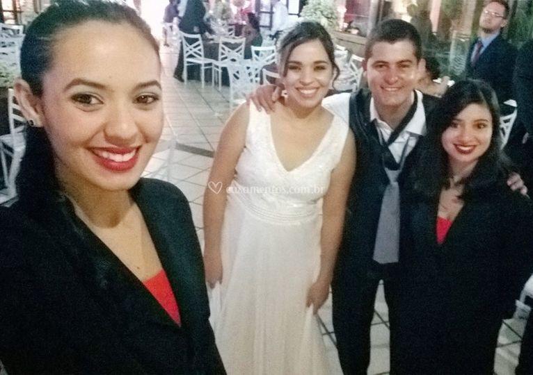 Selfie com os noivos