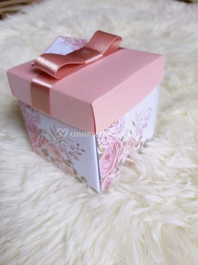Convite floral rosé