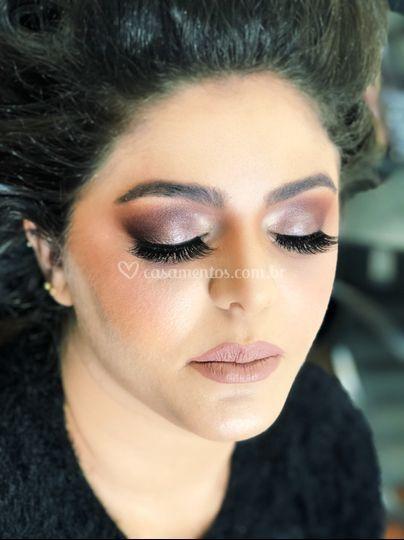 MakeUp by Mariana Lucena