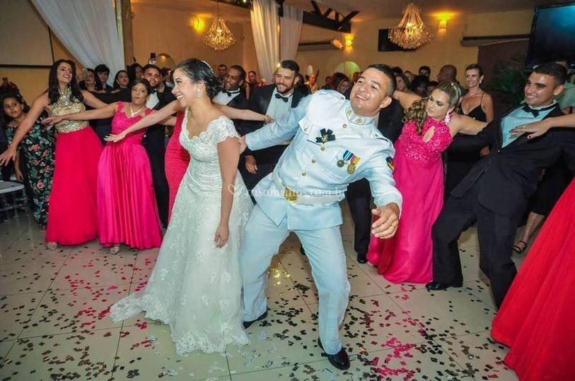 Dança dos noivos e padrinhos
