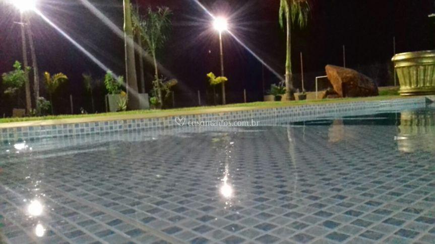 Noturna parcial piscina