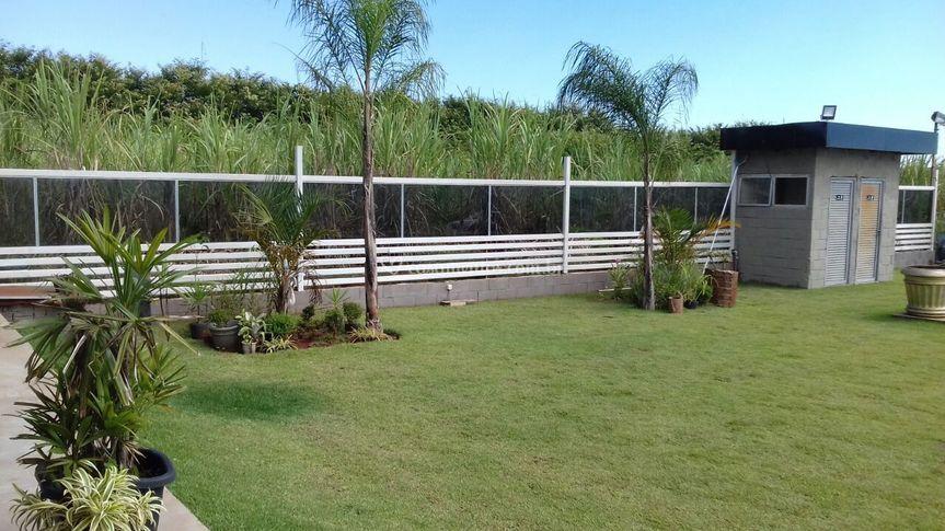 Vista parcial jardim