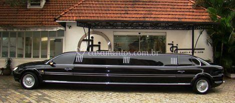 Gran Máster Limousine Preta