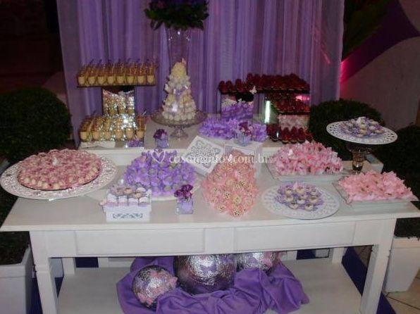Mesa de sobremesas e doces