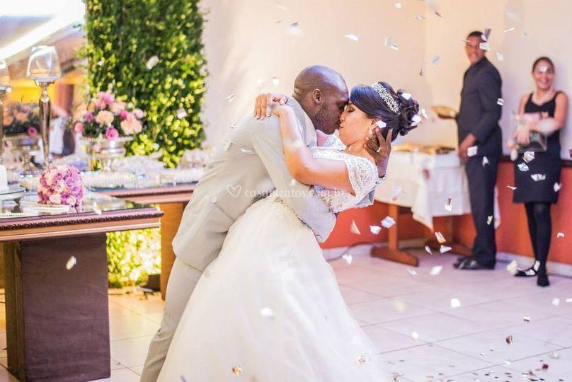 Chuva de prata! Dança dos noivos