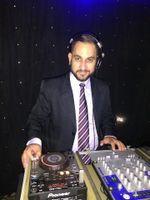DJ Ricardo  Santos