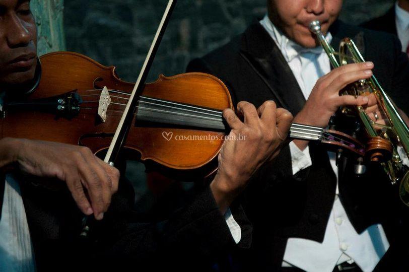 Violinista e trompetista