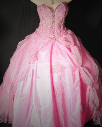 Vestido rosa chiclet