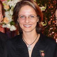 Denise de  Faria