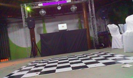 DJ Dourado - Som e Iluminação 1