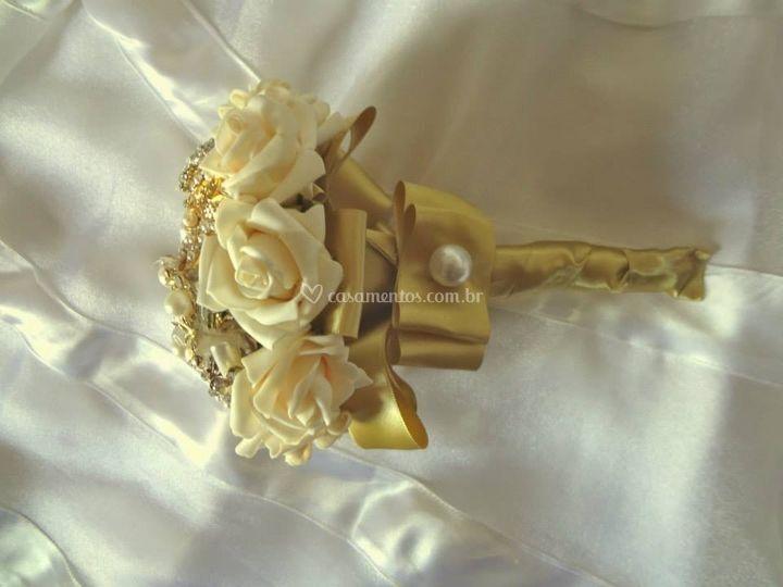 Mini Bouquet de broches dourad