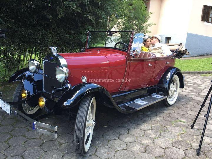 Ford 1929 vinho