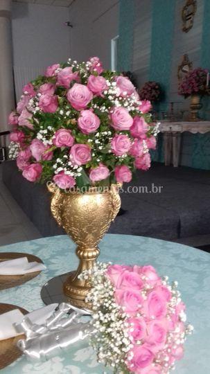 Arranjo de flores Loyde Viana