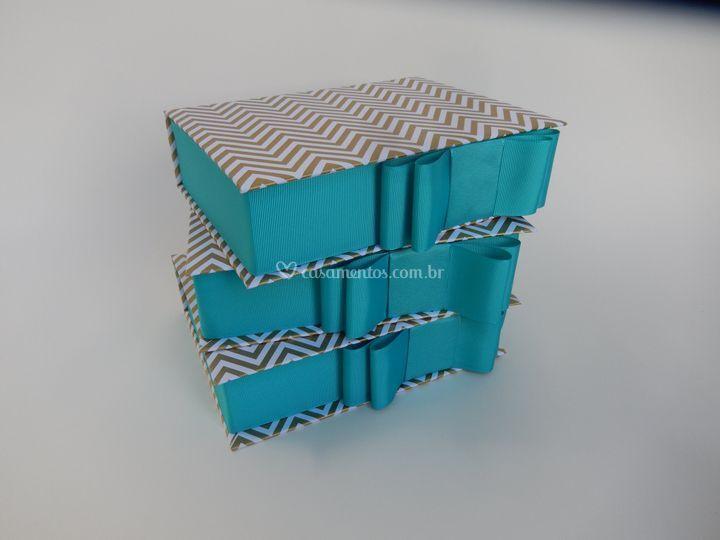 Caixa cartonada tamanho 20x15