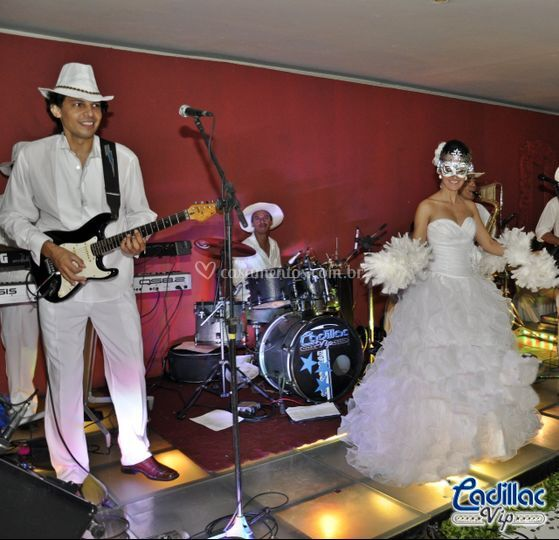Cadillac Vip Orquestra Baile