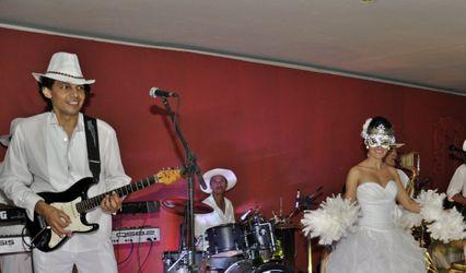 Cadillac Vip Orquestra Baile 1