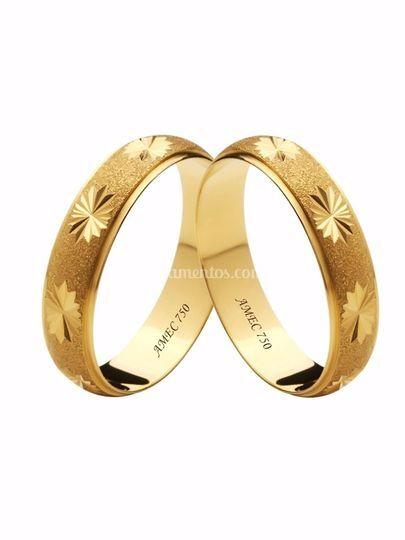Alianças lovely em ouro 18k