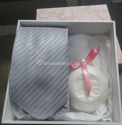 Kit uma gravata e um sabonete