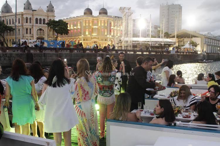 Festa a Bordo Catamaran