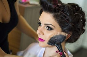 Gabriela Flores Makeup & Hairstyle